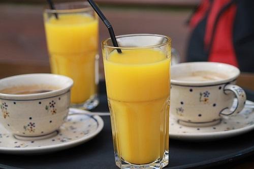 Напої з апельсинів. Фреш, компот, чай, коктейль