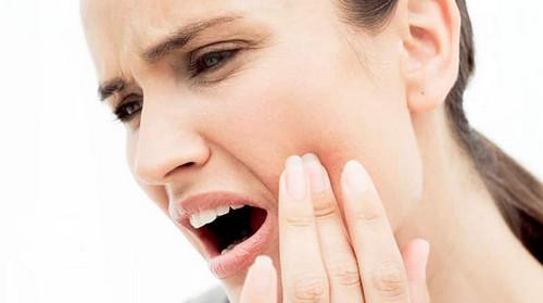 Може з'явитися гайморит від хворого зуба і навпаки